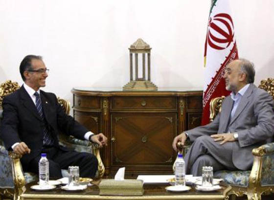 Iran, Uruguay urge stronger ties