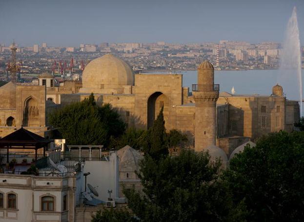 Azerbaijan offers facilities for Iranian tour operators