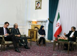 France urged to make decisions on Iran independent from US