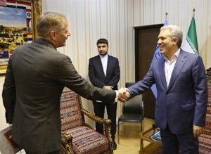 Iranians should not face problem to receive UK visa: VP