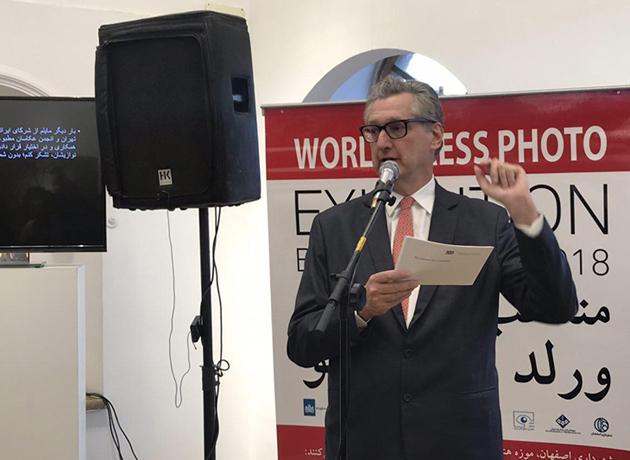 Dutch Ambassador: Free access to information to raise social awareness