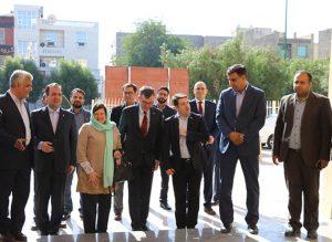 Iran, Australia share more common capacities to enhance bilateral coop.