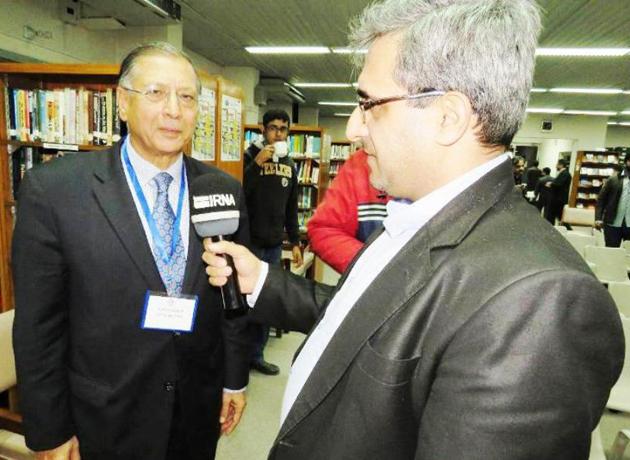 Ex-Pakistani envoy praises unity of Iranian people