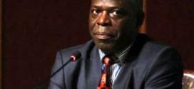Embajador de Uganda visita Universidad de Shahid Ashrafi Esfahani