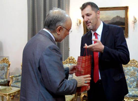 دیدار خداحافظی سفیر بوسنی و هرزگوین با وزیر امورخارجه