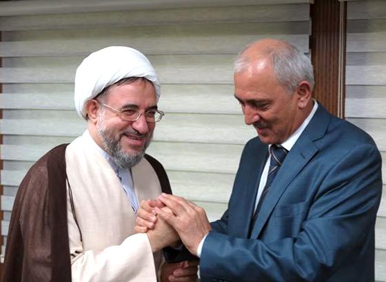 دیدار سفیر تاجیکستان با آیت الله اراکی