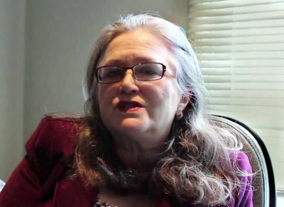 جین لویسون: پروژه گلها به عنوان وسیله ای کمک آموزشی به کار گرفته می شود
