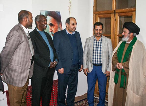 بازدید سفیر سومالی از بیت تاریخی امام (ره) در خمین