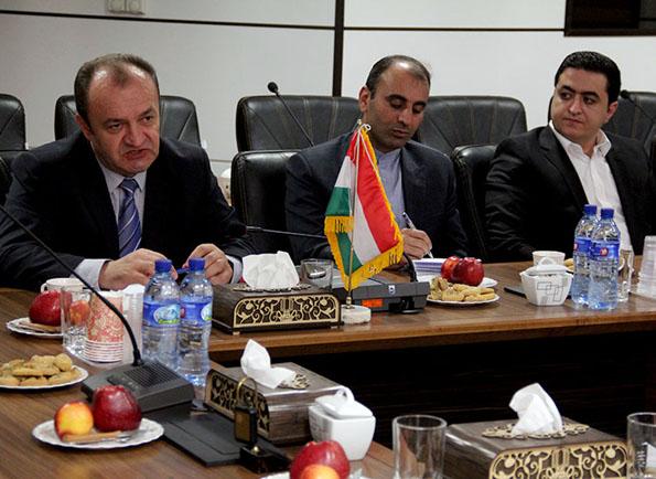 بازدید سفیر مجارستان در ایران از دانشگاه یزد