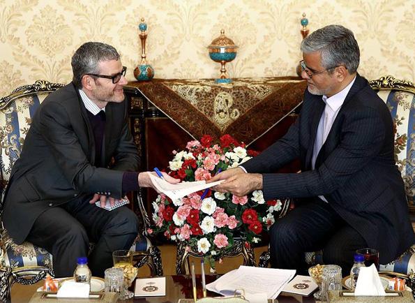 دیدار و رایزنی محمود صادقی با سفیر نیوزیلند در ایران