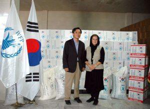 بازدید سفیر کره جنوبی و نماینده برنامه جهانی غذا از انبار مواد غذایی استان یزد