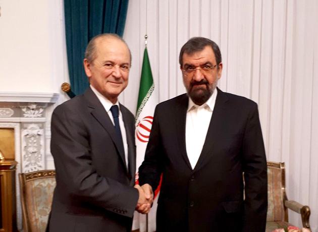 محسن رضایی در دیدار سفیر فرانسه: تصمیم های فرانسه درمورد ایران مستقل از امریکا باشد