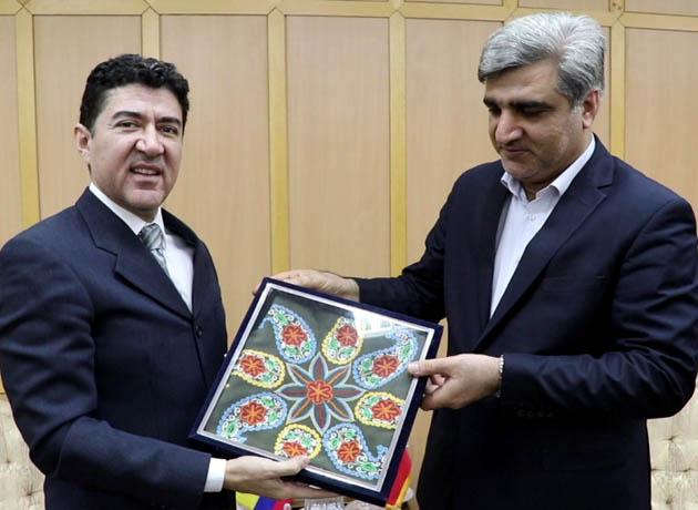 سفیر اکوادور برای توسعه همکاری ها با گیلان ابراز تمایل کرد
