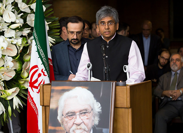 سخنرانی سفیر هندوستان در مراسم تشییع داریوش شایگان