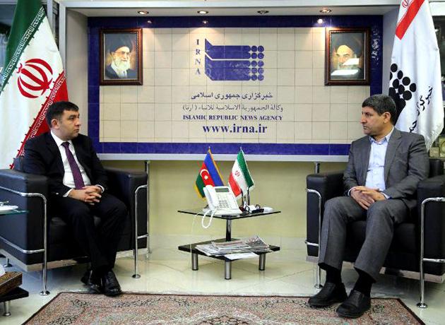 مدیر عامل ایرنا در دیدار با سفیر آذربایجان: موانع توسعه مناسبات تهران – باکو باید رفع شود