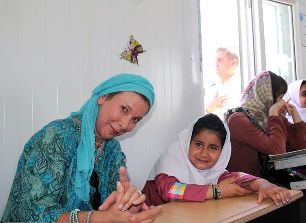 سفیر سوئد: ۲۰۰ هزار یورو به زلزله زدگان کرمانشاه کمک کرده ایم