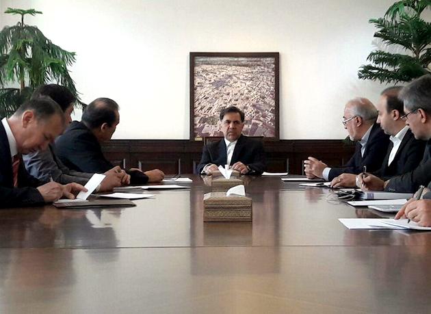 دیدار سفیر قزاقستان با وزیر راه و شهرسازی