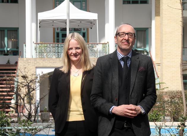 همسر سفیر اتریش در ایران: من از معاشرت با زنان ایرانی که بخود باور دارند، لذت می برم
