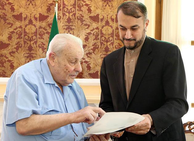 امیر عبدالهیان خطاب به سفیر فلسطین: مستشاران نظامی ایران در سوریه می مانند