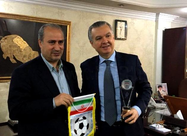 ابراز امیدواری تاج و سفیر برزیل برای افزایش همکاریهای فوتبالی