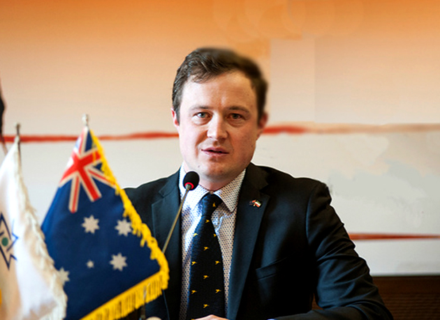 همیش لِزلی: استرالیا از سفر اتباعش به ایران حمایت میکند