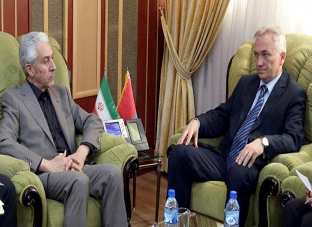 دیدار و رایزنی سفیر بلاروس در ایران با وزیر وزیر علوم، تحقیقات و فناوری