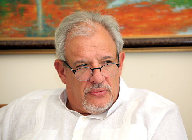 سفیر کوبا در ایران: ویژگی اصلی که دولت رئیس جمهور میگل دیاز کانل را متمایز می سازد، استمرار و وفاداری به میراث فیدل و رائول است.