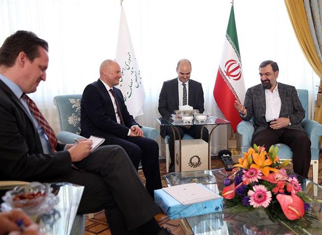 محسن رضایی در دیدار سفیر آلمان: هویت اروپا در خطر است