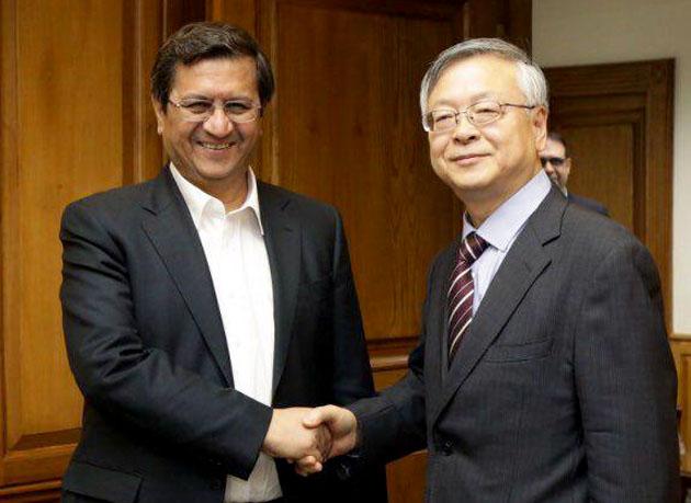 دیدار و رایزنی رئیس کل بانک مرکزی با سفیر چین در ایران