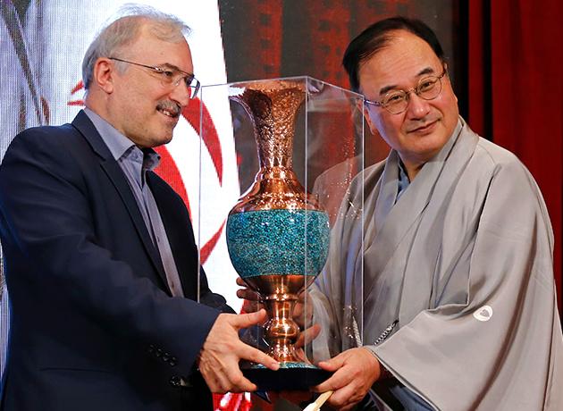 افتتاح همزمان مراکز پیشگیری و تشخیص زودهنگام سرطان با حضور سفیر ژاپن در ایران
