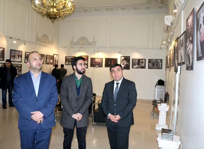 بازدید سفیر جمهوری آذربایجان از نمایشگاه عکس خوجالی در تهران