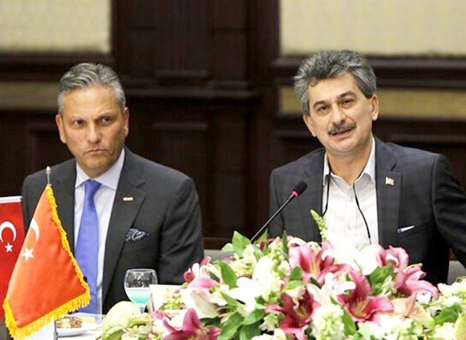 تفاهم نامه همکاری های گردشگری ایران و ترکیه امضا شد