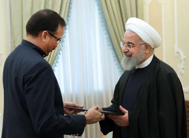 روحانی در دیدار سفیر جدید ونزوئلا مطرح کرد؛ اعلام پشتیبانی مجدد ایران از دولت قانونی ونزوئلا