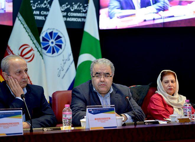 اعطای روادید ۶ ماهه به بازرگانان ایرانی برای سفر به پاکستان