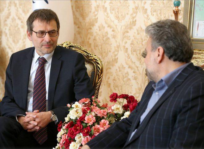 کاردار لهستان در ایران: سفیر جدید لهستان به زودی به تهران می آید