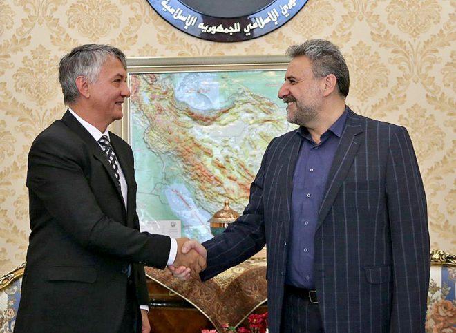فلاحت پیشه در دیدار سفیر صربستان: سیاست تحریمی آمریکا همواره فرصتی برای توسعه ایران بوده است