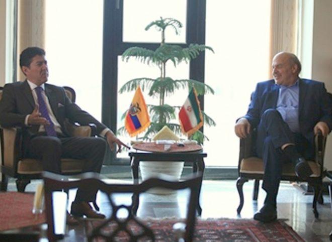 دیدار سفیر اکوادور با رئیس سازمان حفاظت محیط زیست