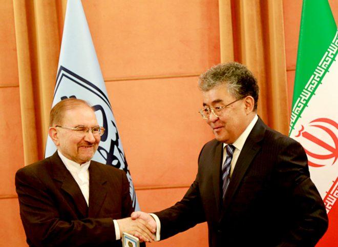 دیدار سفیر جمهوری قزاقستان با رئیس دانشگاه شهید بهشتی