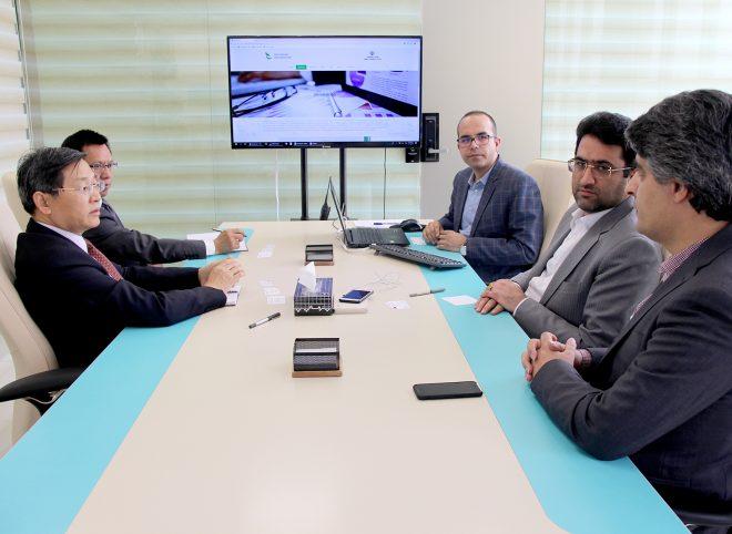دیدار رایزن بازرگانی و اقتصادی چین در ایران با معاونان صندوق نوآوری و شکوفایی
