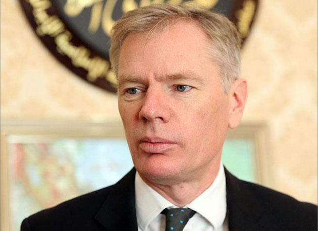 سفیر انگلیس خبرنگاران منتقد را به مراسم افطار دعوت کرد