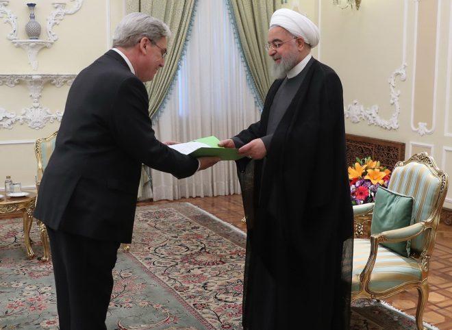 روحانی در دیدار سفیر جدید فرانسه: فرصت اروپا برای جبران بسیار کوتاه است