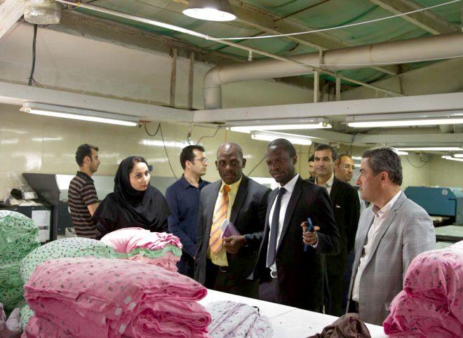 بازدید رایزن اقتصادی سفارت اوگاندا از مجموعه هپی لند