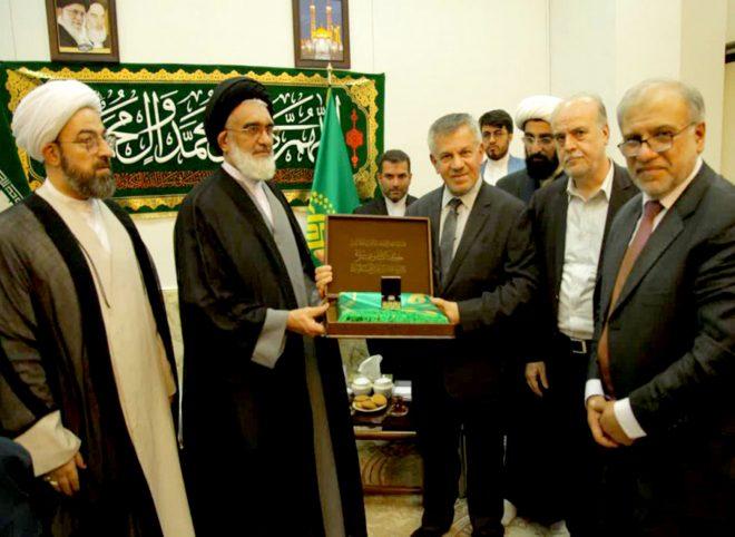 سفیر عراق در ایران: محبت به ائمه در تقویت اتحاد دو ملت ایران و عراق نقش مهمی دارد