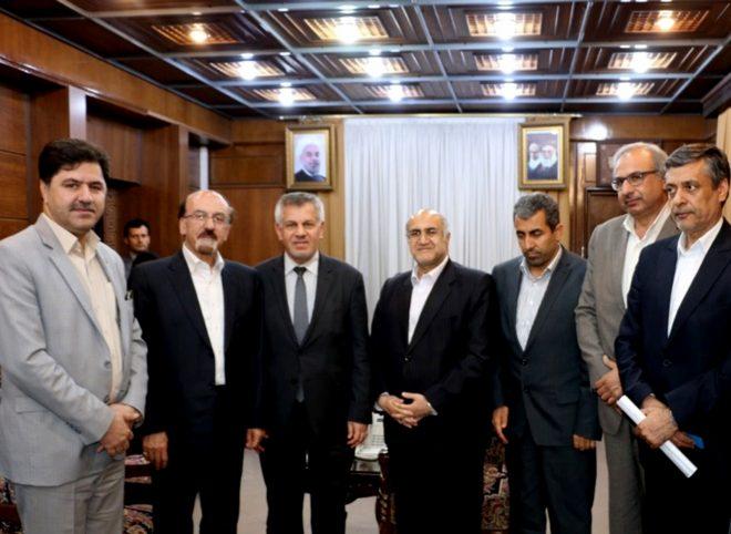 سفیر عراق در دیدار با استاندار کرمان: هیچ کشوری نمی تواند ارتباط و پیوند بین ایران و عراق را تضعیف کند