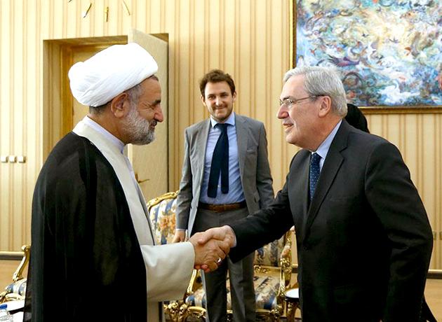 دیدار فیلیپ تیه بو، سفیر فرانسه در تهران با ذوالنوری