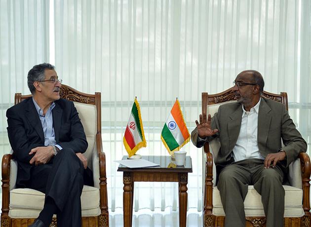 سفیر هندوستان در تهران: تحریم نباید رشد روابط ایران و هند را متوقف سازد