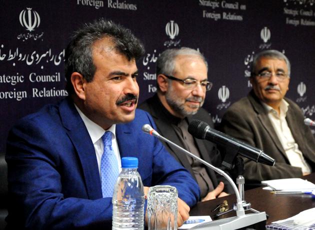 سفیر افغانستان در ایران: روابط اقتصادی را به روابط سیاسی و ایدئولوژیک ترجیح میدهیم