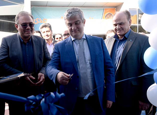 آئین رونمایی از اتوبوس دیابت و چاقی با حضور سفیر دانمارک در شهر شیراز