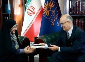 بروجردی در دیدار با سفیر کرواسی در ایران: کتابهای حوزه کودک در کتابخانه ملی دیجیتالسازی شد