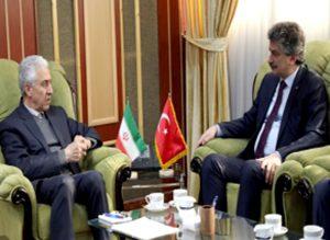 دیدار سفیر ترکیه در تهران با وزیر علوم، تحقیقات و فناوری ایران
